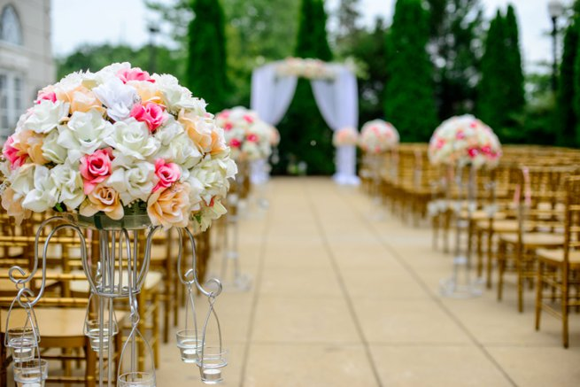 Wedding aisle with flowers | Kelly Chandler Consulting