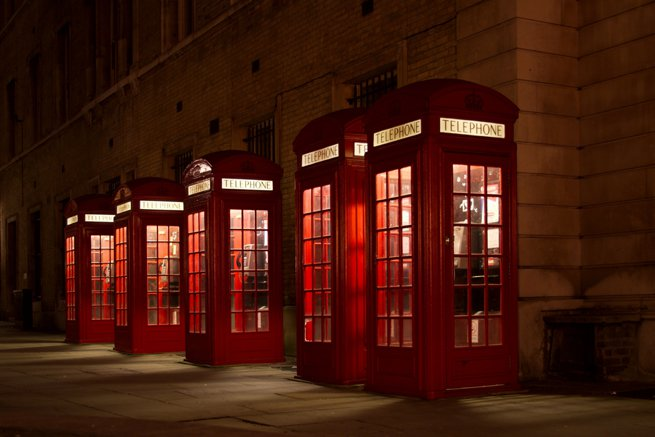 red phone boxes | Kelly Chandler Consulting
